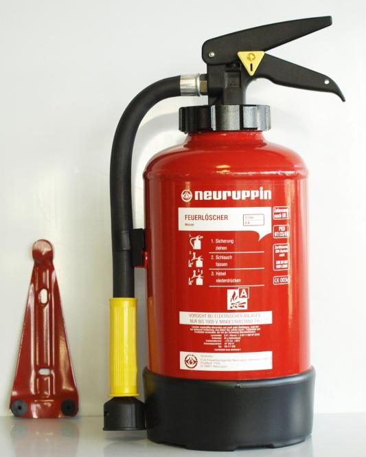 Wasser-Feuerlöscher 3 Liter *Neuruppin WA3 mit F-500 - Aufladelöscher